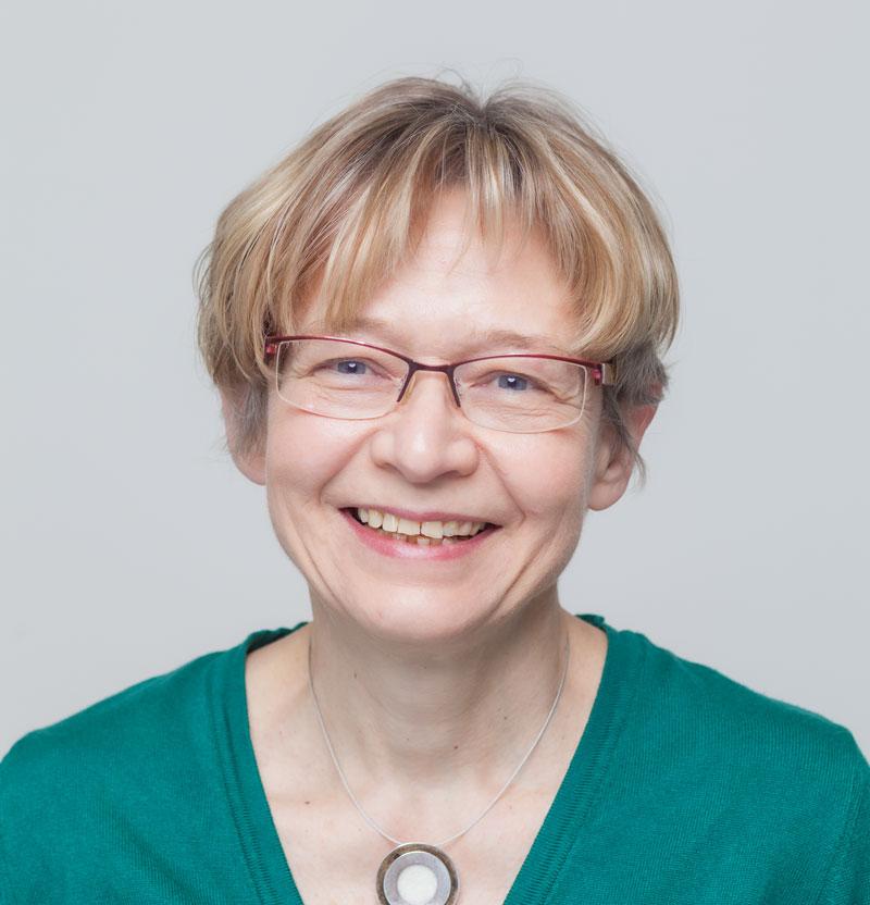 Frau Mechthild Enzinger